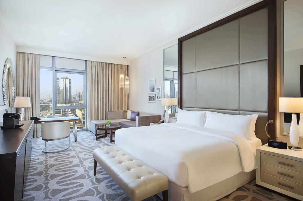 Hilton Dubai Al Habtoor City -9 of 38 photos