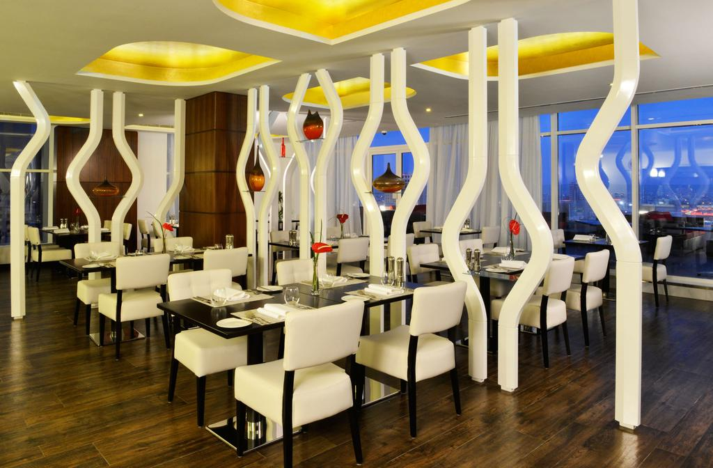 Swiss-Belhotel Seef Bahrain-29 of 40 photos