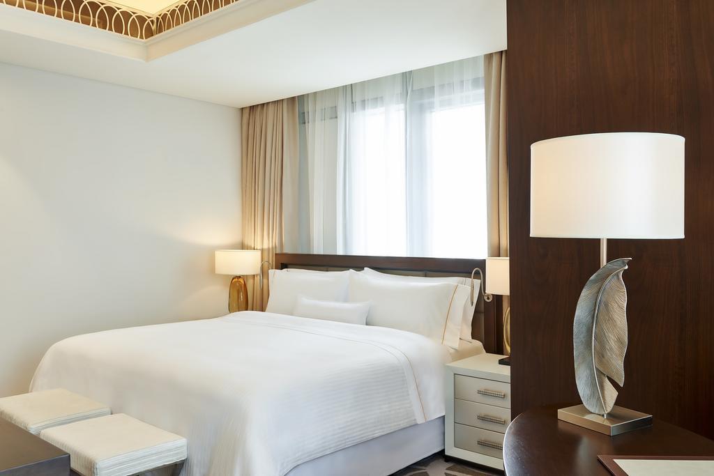 Hilton Dubai Al Habtoor City -4 of 38 photos