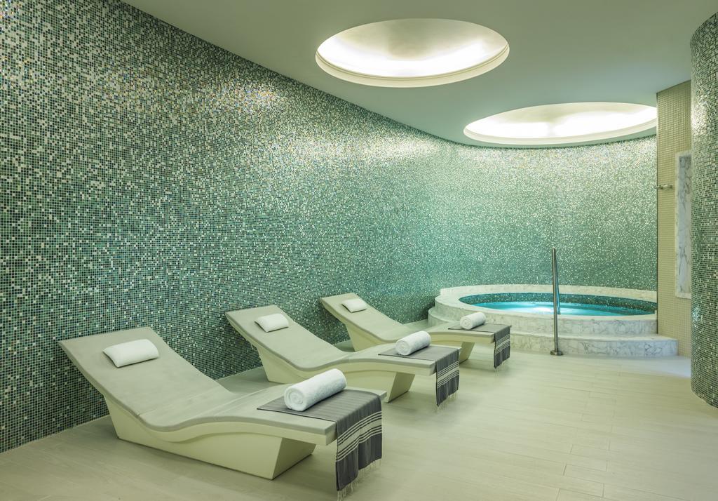 Hilton Dubai Al Habtoor City -29 of 38 photos