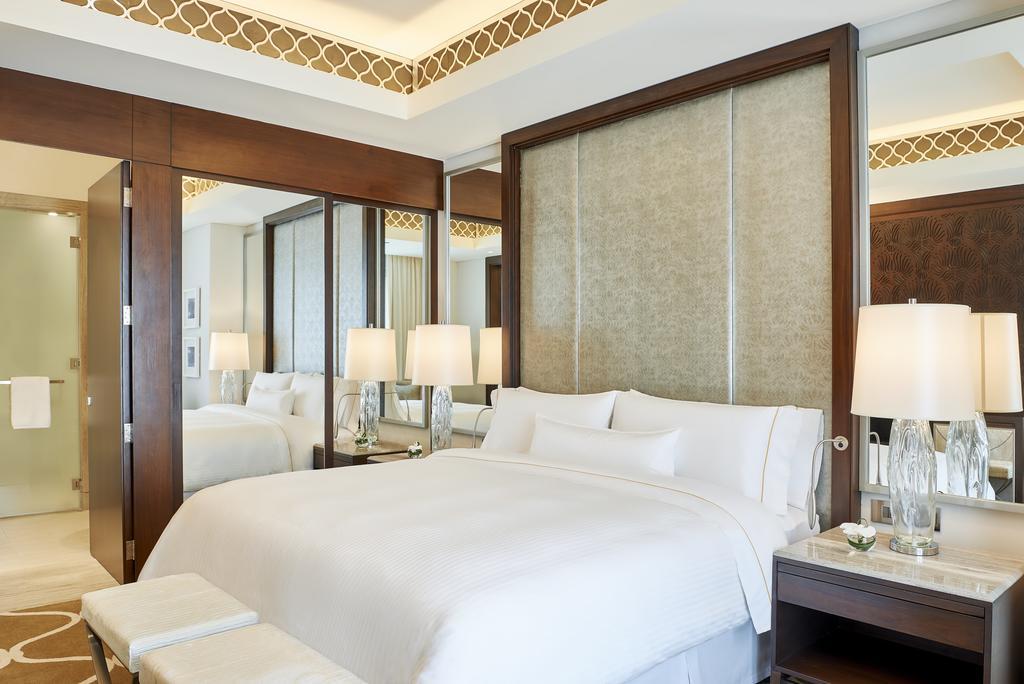 Hilton Dubai Al Habtoor City -8 of 38 photos
