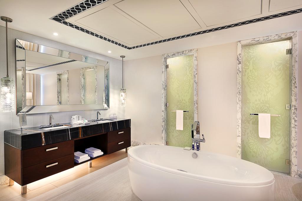 Hilton Dubai Al Habtoor City -11 of 38 photos