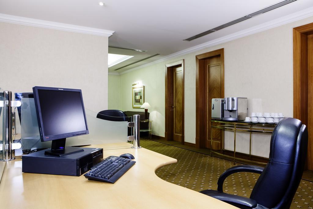 Hilton Sharjah-16 of 30 photos