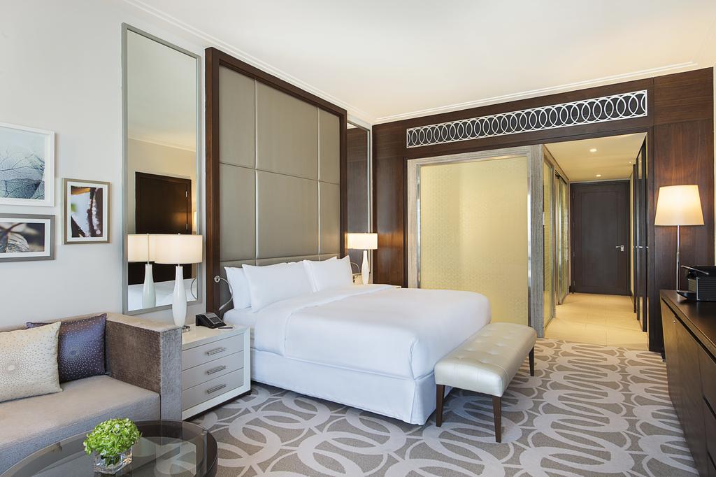 Hilton Dubai Al Habtoor City -25 of 38 photos