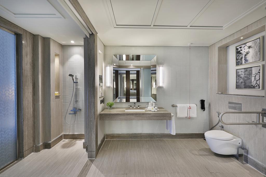 Hilton Dubai Al Habtoor City -18 of 38 photos
