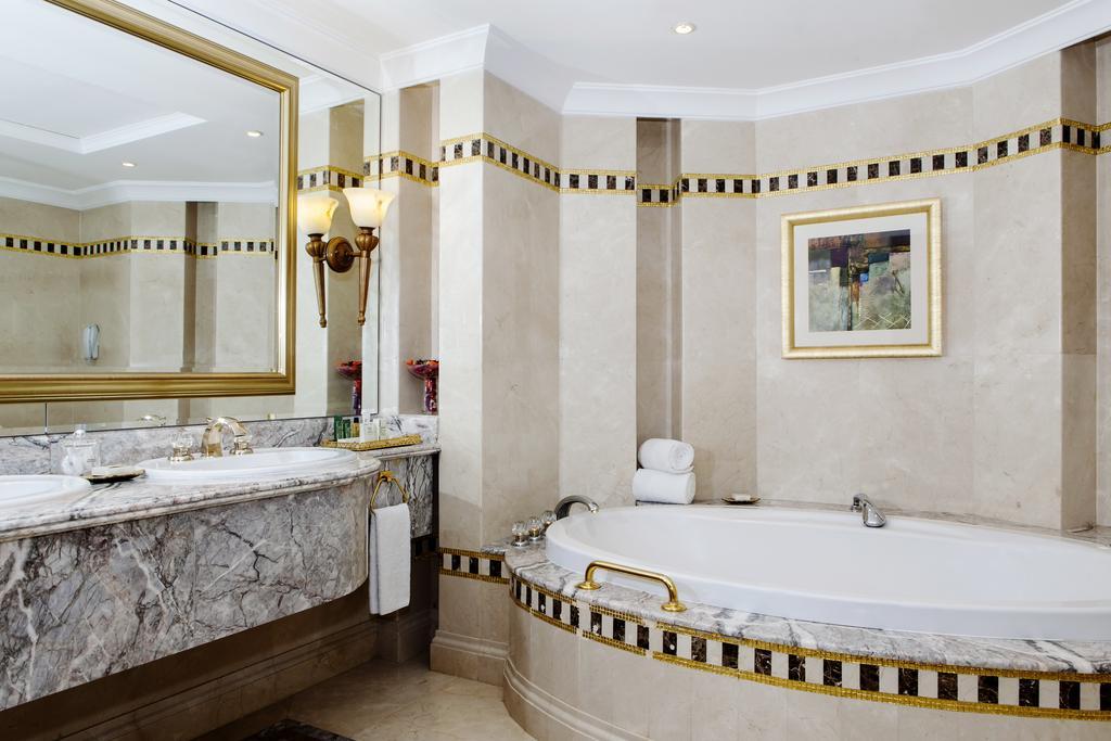 Hilton Sharjah-19 of 30 photos