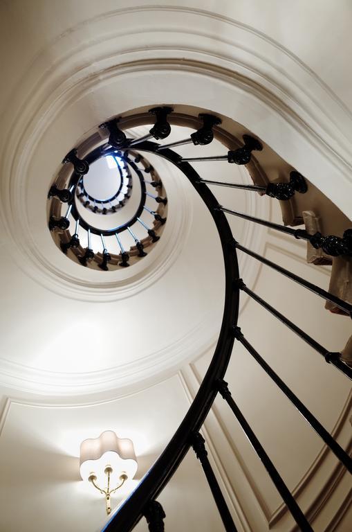 Splendid Etoile Hotel-5 of 33 photos