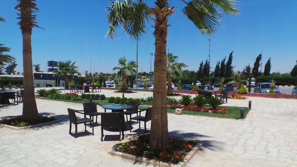 Amman Airport Hotel-10 of 42 photos