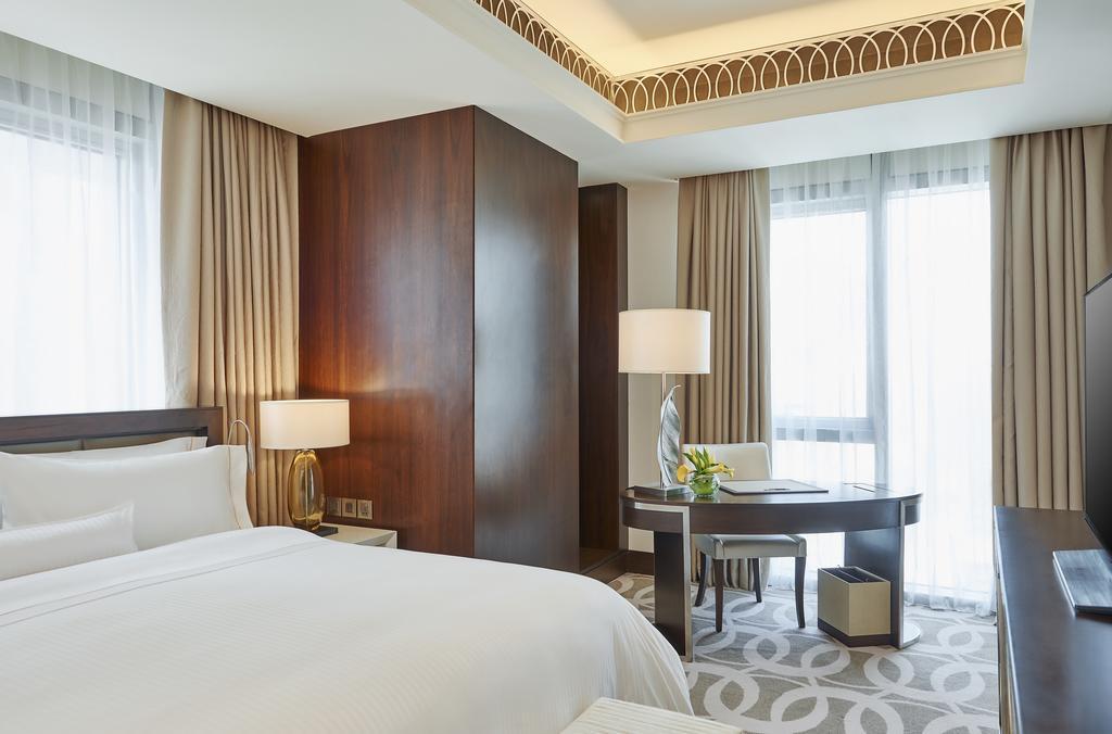 Hilton Dubai Al Habtoor City -5 of 38 photos